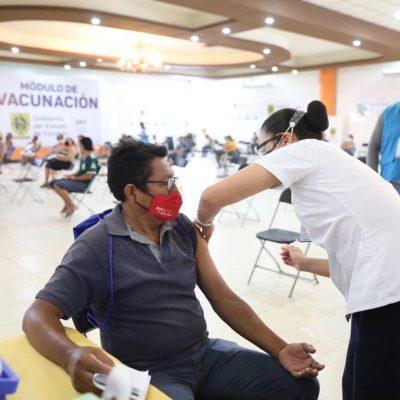 Calor extremo obliga a reubicar módulos de vacunación en Yucatán