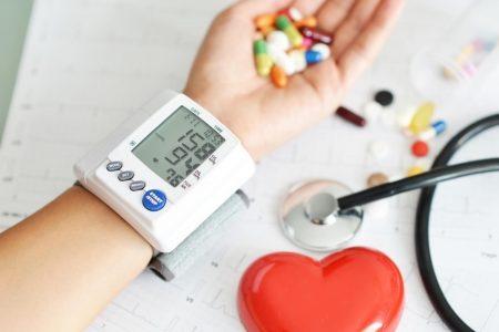 Hipertensión arterial, principal causa de muerte en contagiados de Covid-19