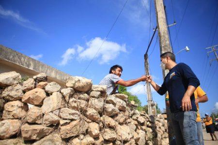 Diego Ávila propone crear la Casa de la Salud del Tekaxeño