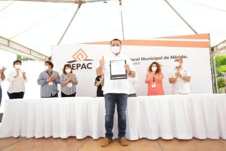 Renán Barrera, el primer alcalde reelecto en la historia moderna de Mérida