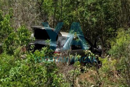 Joven conductor acaba dentro del monte tras dormitar en la Mérida-Cancún