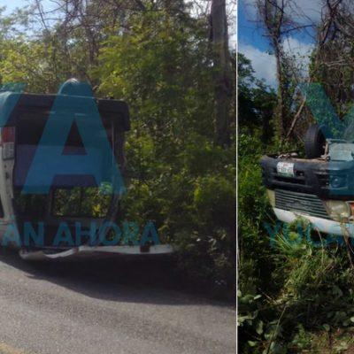 Vuelca una camioneta en el tramo Kopomá-Maxcanú: tres heridos
