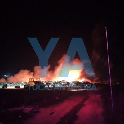 Madrugador incendio de grandes proporciones en el relleno sanitario de Mérida