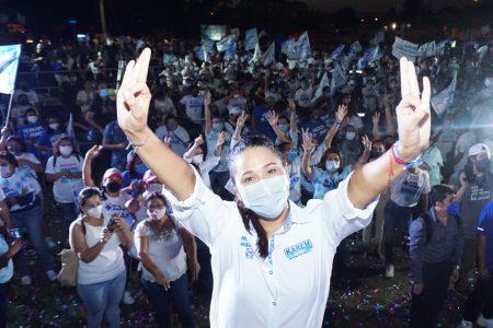 Karem Achach exhorta a los ciudadanos a votar de manera libre y responsable