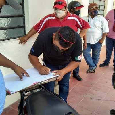 Expulsan a líder sindical que se enriqueció 'vendiendo' a los trabajadores