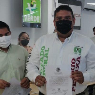 Recibe su constancia de mayoría Mario Peraza Ramírez, diputado federal electo por el II Distrito
