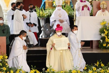 De Izamal a Papúa Nueva Guinea: ordenación episcopal de monseñor Fermín Sosa como nuncio apostólico
