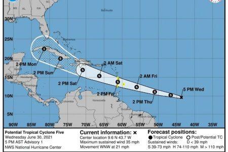 "Posible ciclón tropical ""Elsa"" amenaza a la Península de Yucatán con posible arribo el fin de semana"
