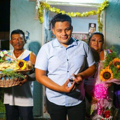 Joven yucateco rescata la tradición de la dote o muhul para pedir la mano de su novia