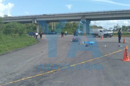 Trágico accidente en el Periférico de Valladolid: tráiler impacta a joven motociclista