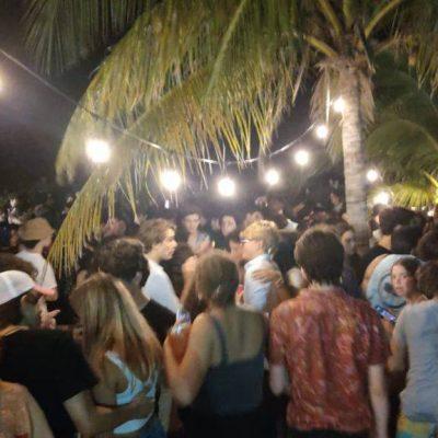 Clausuran fiesta con más de 300 personas que se realizaba en una casa de Chicxulub Puerto