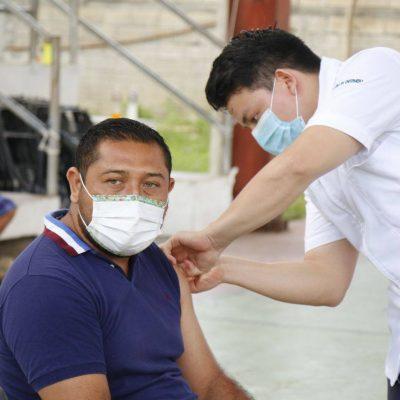 Continúa la vacunación en municipios de Yucatán