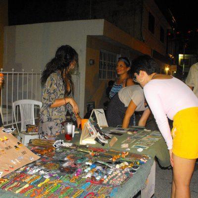 Vuelve el Bazart al Callejón del Arte de Santiago