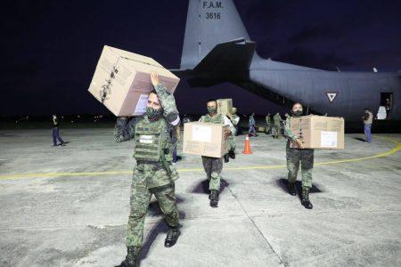 Llega a Yucatán cargamento con 151,200 vacunas contra Covid-19