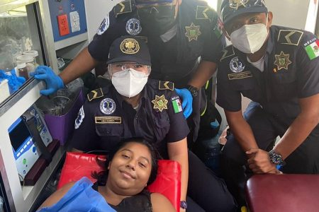 Nace un niño en ambulancia de la SSP Yucatán