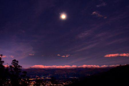 Conjunción de Luna, Júpiter y Saturno, a partir de hoy