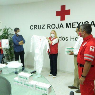 Donan equipos de protección personal a Cruz Roja Mexicana Delegación Yucatán