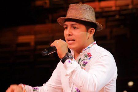Rapero El Maya gana premio estatal de composición musical