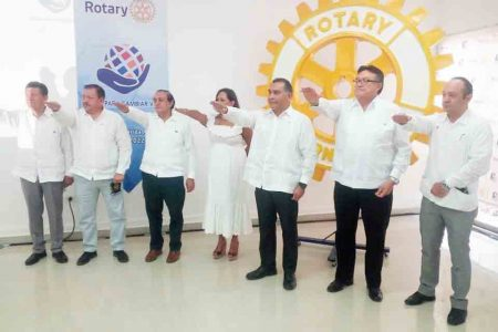 Víctor Caballero Durán, nuevo presidente del Club Rotario Mérida Montejo