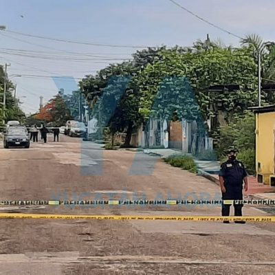Encuentro muerto a un hombre dentro de un automóvil, en El Roble Agrícola