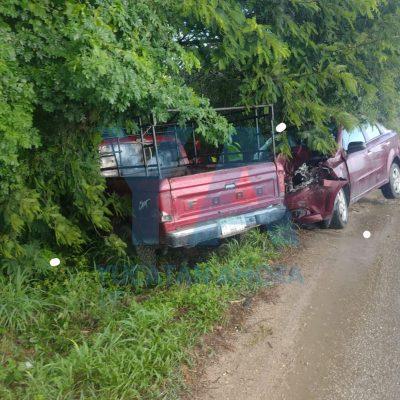 Carambola con cuatro vehículos involucrados y dos lesionados, en el Periférico norte