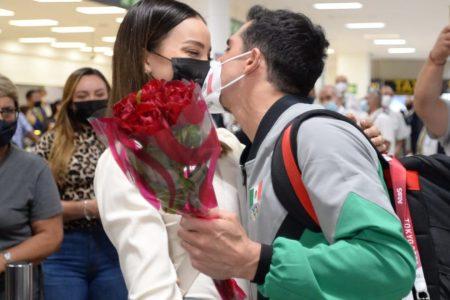 Rommel Pacheco ya está en México después de su participación en los Juegos de Tokio