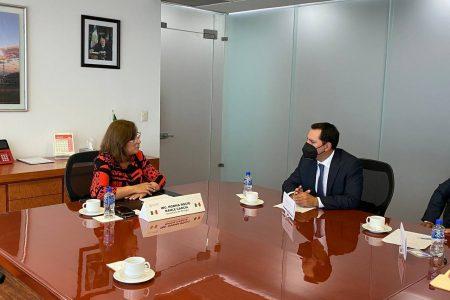 Se reúne el Gobernador Mauricio Vila con la Secretaria de Energía, Rocío Nahle García