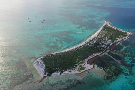 Además de paraíso natural, el Arrecife Alacranes cumple importante función en caso de huracanes