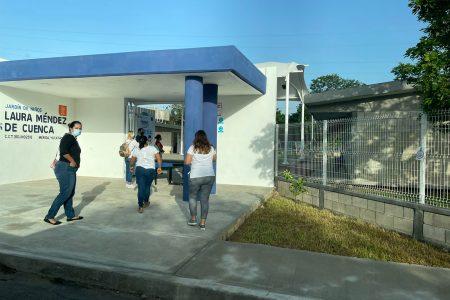 Con padres y maestros en las aulas, pero sin niños, comienza en Yucatán el ciclo escolar 2021-2022