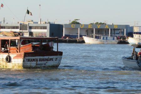 Millonarias pérdidas por barcos varados en Progreso: aseguran que Conapesca no actualiza permisos