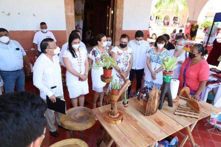 Gobierno de Yucatán reconoce a quienes promueven las tradiciones y costumbres del pueblo maya