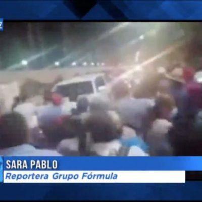 Maestros de la CNTE retienen a AMLO en Chiapas y le impiden llegar a la mañanera