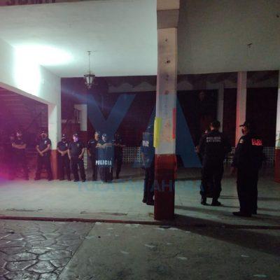 Inconformes con la reelección del alcalde, atacan el palacio municipal en Suma de Hidalgo