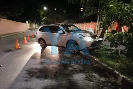 Nocturno más no funesto accidente en la avenida García Lavín