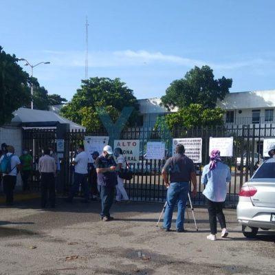 Protesta trabajadores de Conagua en Mérida: no les pagan ni les dan uniformes ni equipo