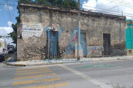 Encuentran un ahorcado en una casona en ruinas, en el centro de Mérida