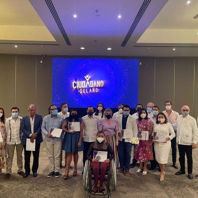 Entregan reconocimientos de Ciudadanos del Año 2020 a filántropos de la Península de Yucatán