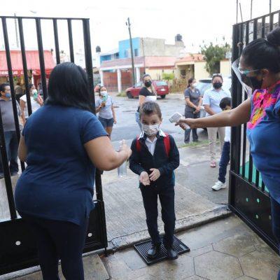 Tras 18 meses de ausencia, alumnos yucatecos vuelven a las aulas