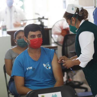 Avanza la vacunación entre jóvenes de 18 a 29 años en Mérida y el interior del estado