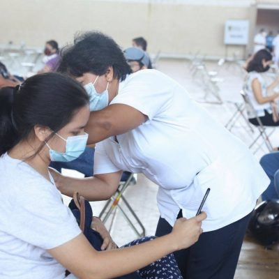 Yucatán rompe récord en vacunación: se aplican 58,583 dosis a jóvenes de 18 a 29 años