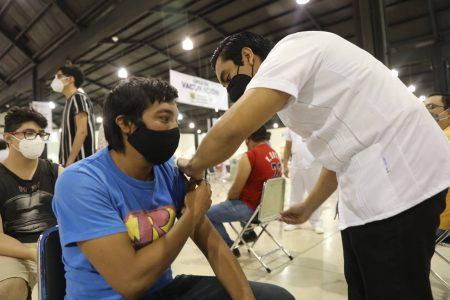 Vacunarán en Mérida a jóvenes de 18 a 29 años de otros municipios, siempre que sea primera dosis