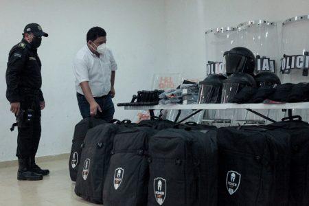 Equipan la policía municipal de Kanasín