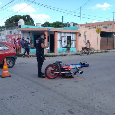 Motociclista se dio una 'mazdazo' en la Bojórquez