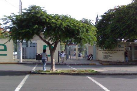 Protesta de brazos caídos en el Conalep Mérida I: no se reanudaron las clases presenciales