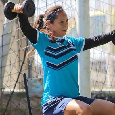 Lupita Worbis, ausente del partido de ayer no por Covid-19, sino por necesidad de reposo