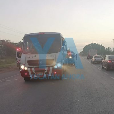 De malas: le chocan su autobús y al bajar lo atropella una camioneta