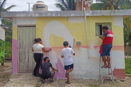 La costa yucateca estrena murales hechos por niñas, niños y jóvenes