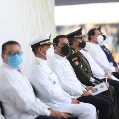 Encabeza el Gobernador Mauricio Vila la ceremonia por los 200 años de la Armada de México