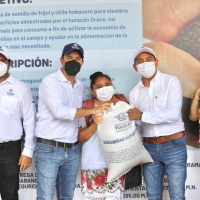 Continúa el apoyo a las familias yucatecas que más lo necesitan en el interior del estado