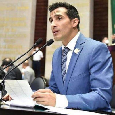 Rommel Pacheco presenta iniciativa en materia de salud mental